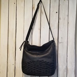 [Day & Mood] Isa Hobo Bag